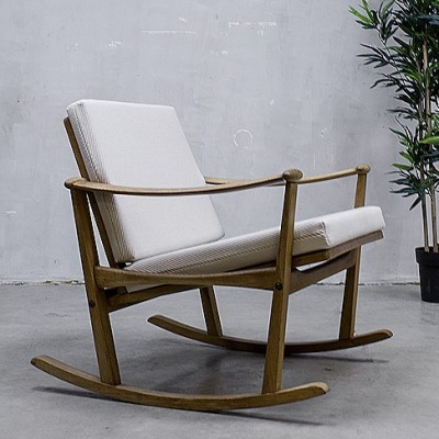 Rocking chair from the sixties by Finn Juhl for Pastoe