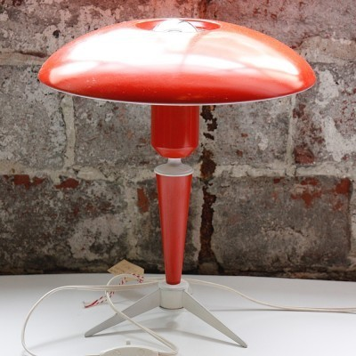 Tripod desk lamp from the fifties by Louis Kalff for Philips