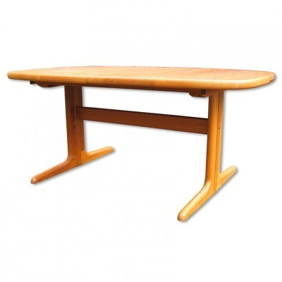 Model No. 74 dining table by Skovby Møbelfabrik, 1970s