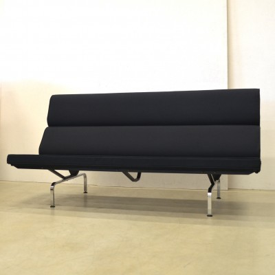 Sofa from the nineties by Charles & Ray Eames for Vitra