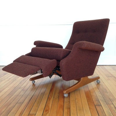 Model 1041 lounge chair by Parker Knoll, 1960s