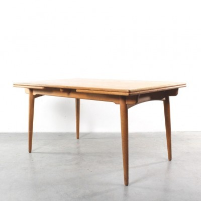 AT 312 dining table from the fifties by Hans Wegner for Andreas Tuck