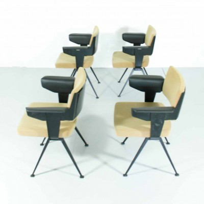 Set of 4 Resort arm chairs from the sixties by Friso Kramer for Ahrend de Cirkel