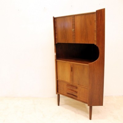 Corner cabinet from the sixties by unknown designer for unknown producer
