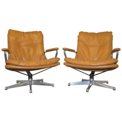 Pair of Gentilina arm chairs by André Vandenbeuck for Strässle, 1960s