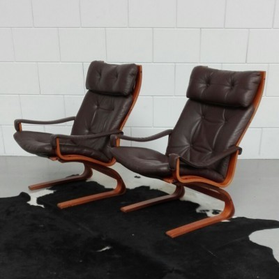 2 Kangoo lounge chairs from the seventies by Oddvin Rykken for Rybo