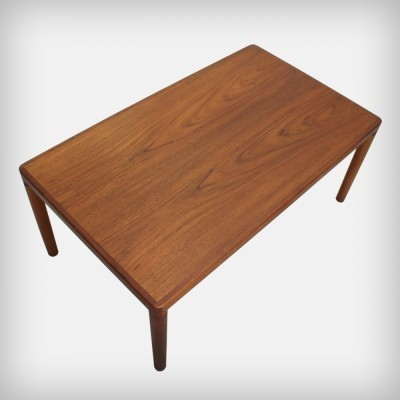 Coffee table from the sixties by Henry W. Klein for Bramin