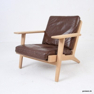 GE 290 arm chair from the fifties by Hans Wegner for Getama