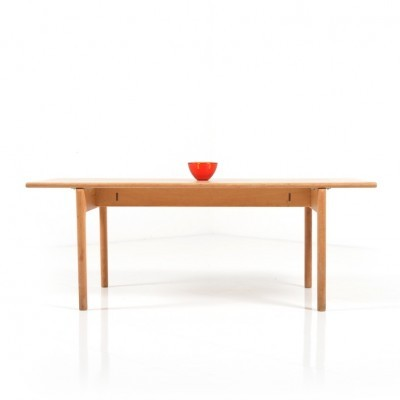 AT-15 coffee table from the fifties by Hans Wegner for Getama