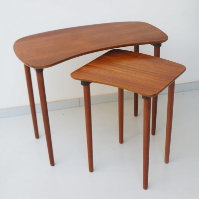 Set of 2 nesting tables from the fifties by unknown designer for unknown producer