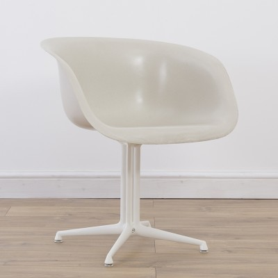 La Fonda dinner chair from the sixties by Charles & Ray Eames for Herman Miller