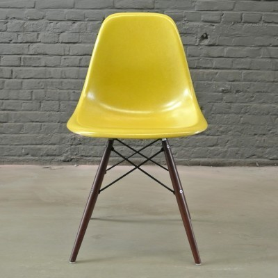 2 DSW Brilliant Yellow dinner chairs from the fifties by Charles & Ray Eames for Herman Miller