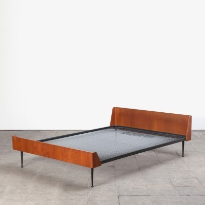 Bed by Friso Kramer for Auping