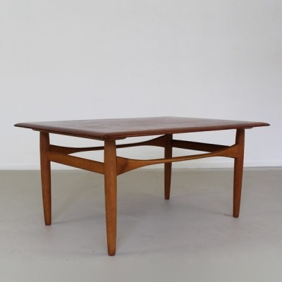 Coffee table from the sixties by Aksel Bender Madsen for Bovenkamp