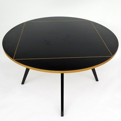 Quadratrundtisch dining table from the fifties by Max Bill for Horgen Glarus