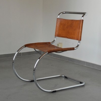 4 MR Cantilever dinner chairs from the sixties by Ludwig Mies van der Rohe for Thonet