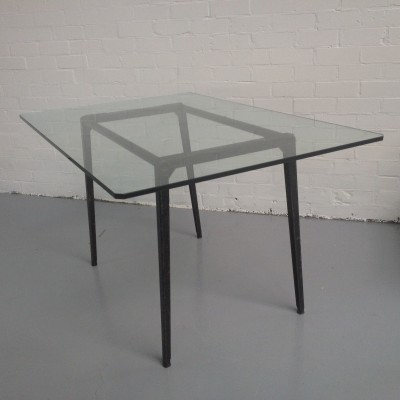 Revolt dining table from the fifties by Friso Kramer for Ahrend de Cirkel