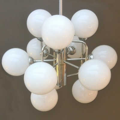 12 Lights Atomic Pendant hanging lamp from the fifties by unknown designer for unknown producer