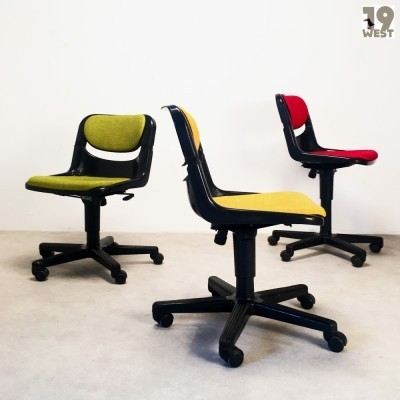 3 Dorsal office chairs from the eighties by Giancarlo Piretti & Emilio Ambasz for Vitra