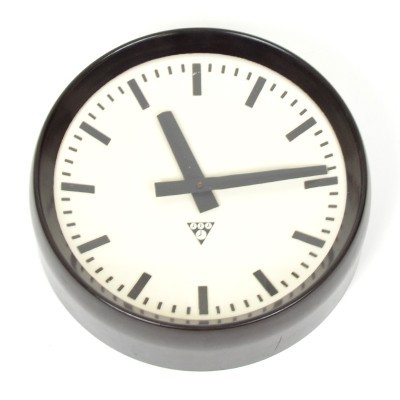 Clock from the sixties by unknown designer for Pragotron