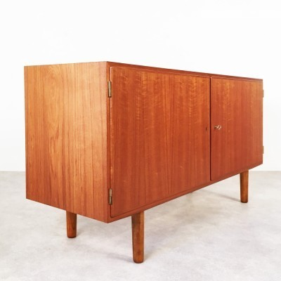 Sideboard from the sixties by Carlo Jensen for Hundevad & Co