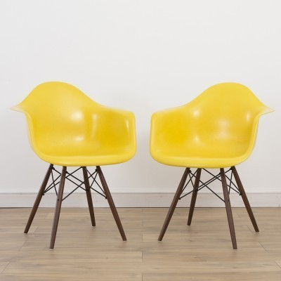 Set of 2 Yellow DAW dinner chairs from the nineties by Charles & Ray Eames for Herman Miller