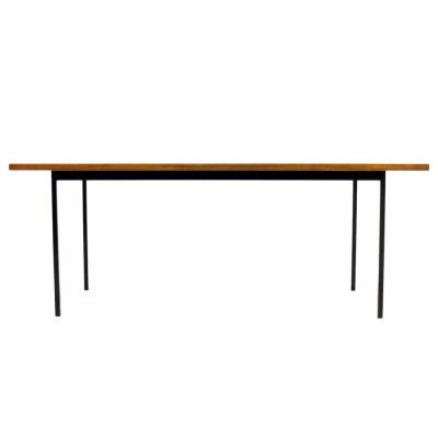 Dining table from the fifties by Florence Knoll for Knoll International