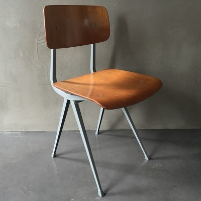 Result dinner chair from the sixties by Friso Kramer for Ahrend de Cirkel