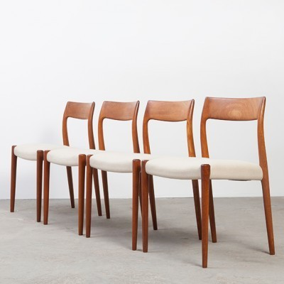 Set of 4 Model 77 dinner chairs from the fifties by Niels Otto Møller for JL Møllers Møbelfabrik