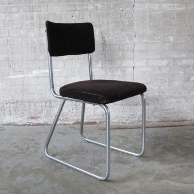 Dinner chair from the sixties by unknown designer for Ahrend de Cirkel