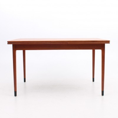 Expanding dining table from the fifties by Niels Otto Møller for Møller Models
