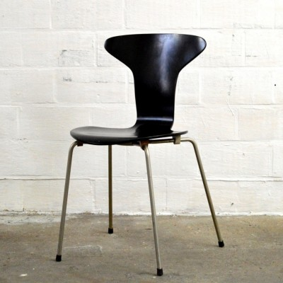 3105 Mosquito dinner chair from the forties by Arne Jacobsen for Fritz Hansen
