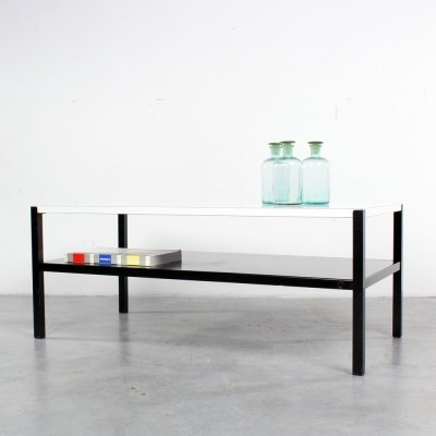 Regal coffee table from the sixties by Wim Rietveld for Ahrend de Cirkel
