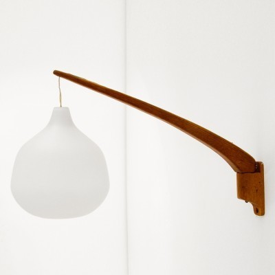 Wall lamp from the fifties by Östen Kristiansson for Luxus