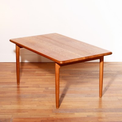 Dining table from the fifties by Niels Otto Møller for JL Møller Møbelfabrik
