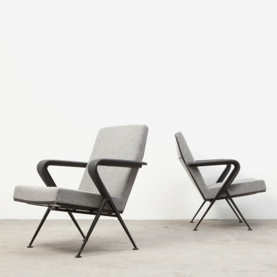 Set of 2 Repose lounge chairs from the fifties by Friso Kramer for Ahrend de Cirkel