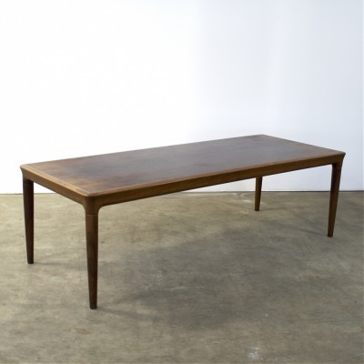 Coffee table from the sixties by Johannes Andersen for Silkeborg Denmark