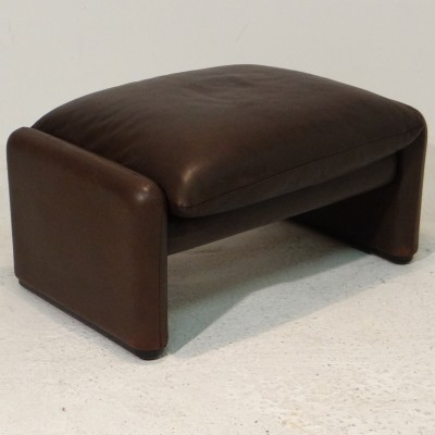 Maralunga Ottoman stool from the seventies by Vico Magistretti for Cassina