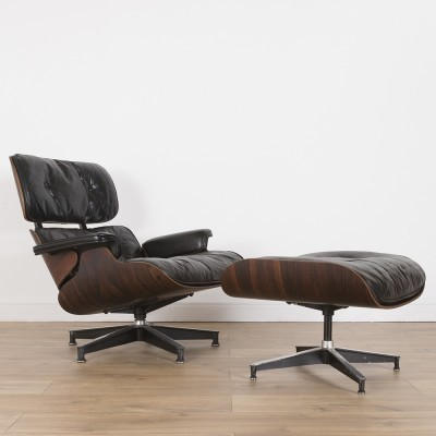 2nd Edition Rosewood lounge chair from the fifties by Charles & Ray Eames for Herman Miller