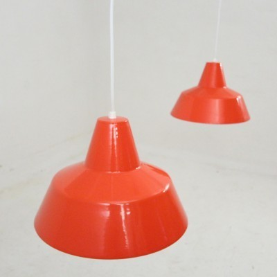 Set of 2 Værkstedspendler hanging lamps from the sixties by unknown designer for Louis Poulsen