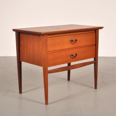 Chest of drawers from the fifties by Louis van Teeffelen for Wébé