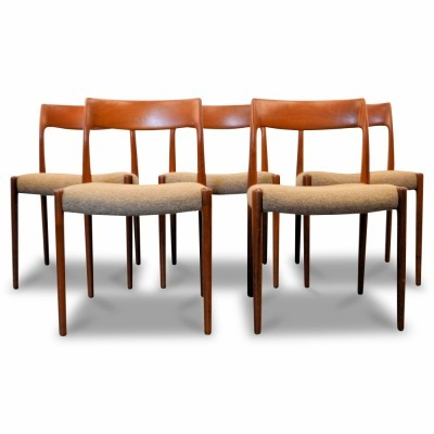Set of 5 dinner chairs from the fifties by Niels O. Møller for Møller Models