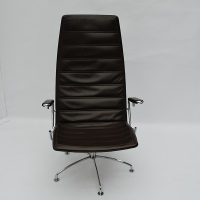 SAS Copenhagen Airport lounge chair from the seventies by Jens Ammunsen for Fritz Hansen