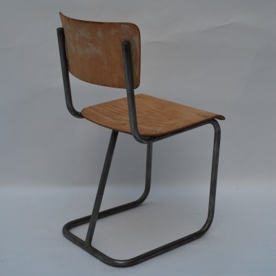 Dinner chair by unknown designer for unknown producer