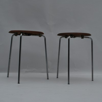 Set of 2 model 3170 stools from the fifties by Arne Jacobsen for Fritz Hansen