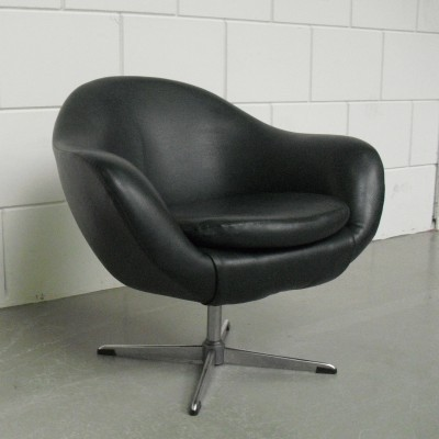 Pod lounge chair from the sixties by unknown designer for unknown producer