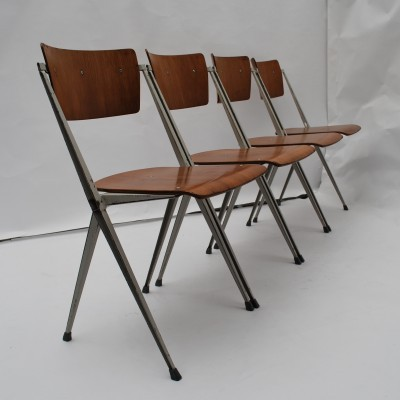 Set of 4 Pyramid dinner chairs from the fifties by Wim Rietveld for Ahrend de Cirkel