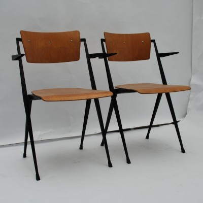Pair of Pyramid dinner chairs by Wim Rietveld for Ahrend de Cirkel, 1950s