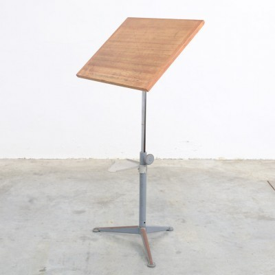 Reiger writing desk from the sixties by Friso Kramer for Ahrend de Cirkel