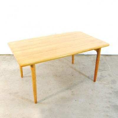 Dining table from the seventies by Niels Otto Møller for JL Møller Møbelfabrik